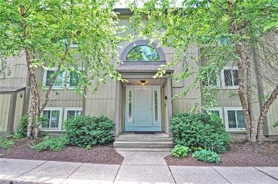 Lincoln Condo/Townhouse Act Und Contract: 400 New River Rd, Unit#706 #706