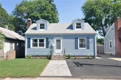 East Providence RI Single Family Home For Sale: $249,900
