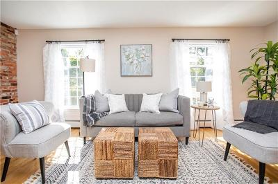 Seekonk Single Family Home For Sale: 270 Cole Street
