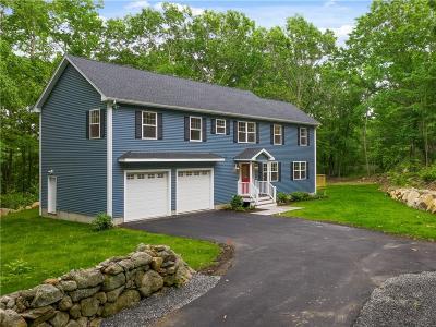 Johnston Single Family Home For Sale: 740 Central Av