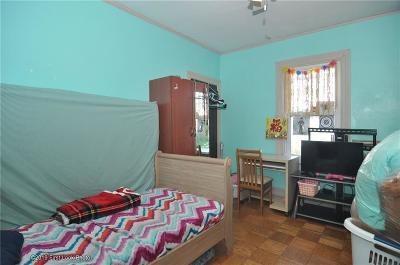 Eden Park Multi Family Home For Sale: 61 Blackamore Av
