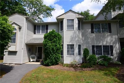 West Warwick Condo/Townhouse Act Und Contract: 80 Trellis Dr