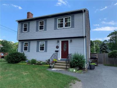 Warwick Single Family Home For Sale: 144 Vernon St