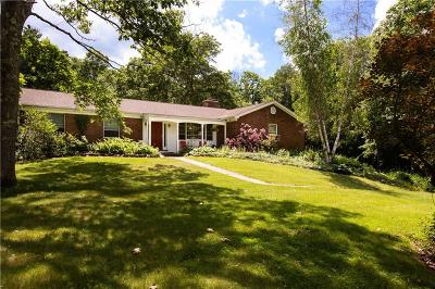 Glocester Single Family Home For Sale: 1504 Snake Hill Rd Rd