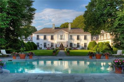 Newport Single Family Home For Sale: 275 Harrison Av