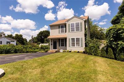 Johnston Single Family Home For Sale: 14 Craigie Av