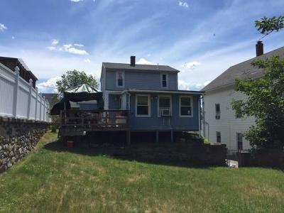 Woonsocket Single Family Home For Sale: 106 Crawford St