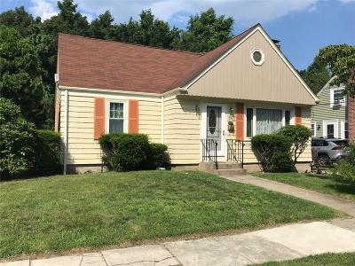 Single Family Home For Sale: 29 Delway Rd