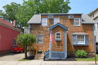 Newport Single Family Home For Sale: 48 Hammond St