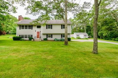 Tiverton Single Family Home Act Und Contract: 150 Lazywood Lane
