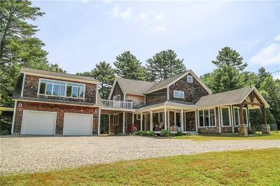 South Kingstown Single Family Home For Sale: 542 Dug Way Bridge Road