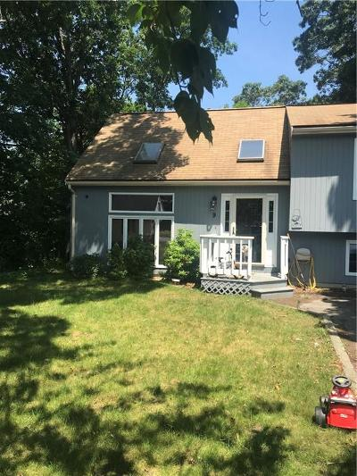 West Warwick Single Family Home Act Und Contract: 9 Tilton St