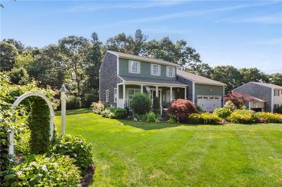 North Kingstown Single Family Home For Sale: 342 Orchard Woods Dr