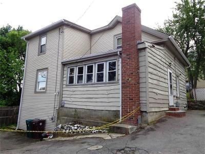 Woonsocket Single Family Home For Sale: 344 Grove (Rear) St