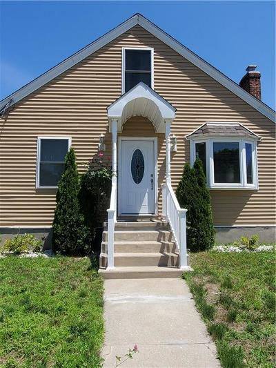 Single Family Home Act Und Contract: 319 Aqueduct Rd
