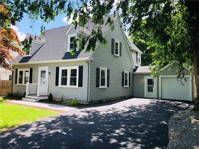 East Providence Single Family Home For Sale: 195 Newman Av