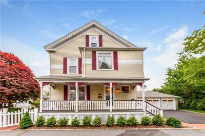 Newport County Single Family Home For Sale: 2 Griswold Pl