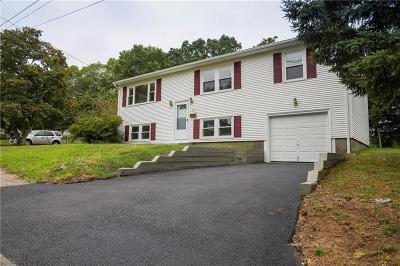 Kent County Single Family Home For Sale: 27 Lydia Rd