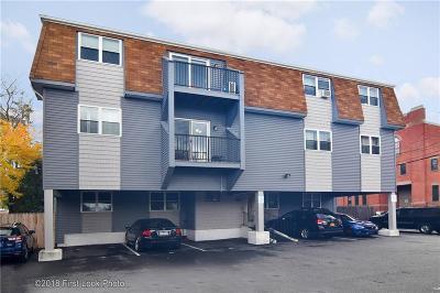 Condo/Townhouse For Sale: 20 Stenton Av, Unit#301 #301
