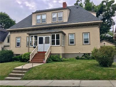 Newport Multi Family Home For Sale: 25 Champlin St