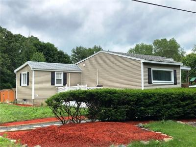 Seekonk Single Family Home Act Und Contract: 640 Ledge Rd