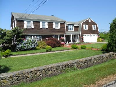 Newport County Single Family Home For Sale: 15 Mary Lane
