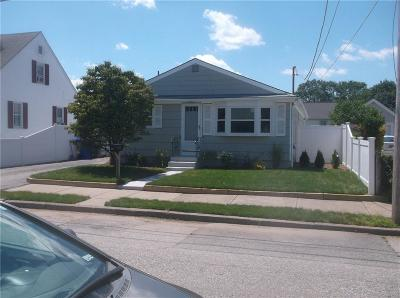 Pawtucket Single Family Home For Sale: 21 Greenfield St