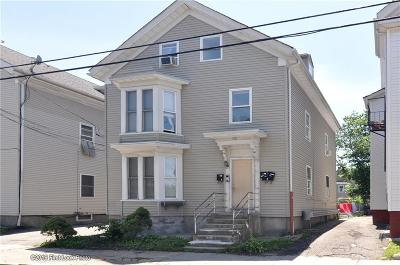 Providence RI Multi Family Home For Sale: $280,000