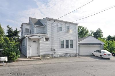 Cumberland Multi Family Home For Sale: 35 Carpenter St