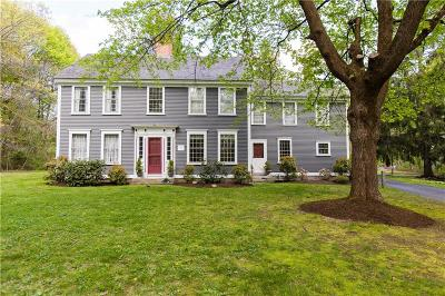 Cumberland Single Family Home For Sale: 7 Old West Wrentham Rd