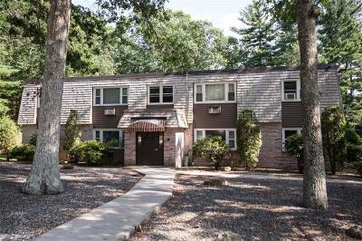 Smithfield Condo/Townhouse For Sale: 7 Apple Valley Pkwy, Unit#1 #1