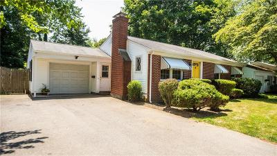 East Providence Single Family Home For Sale: 35 Pinehurst Rd