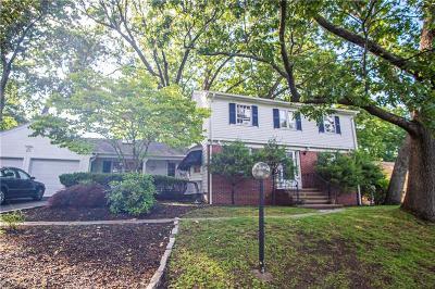 Cranston Single Family Home For Sale: 25 Dean Pkwy