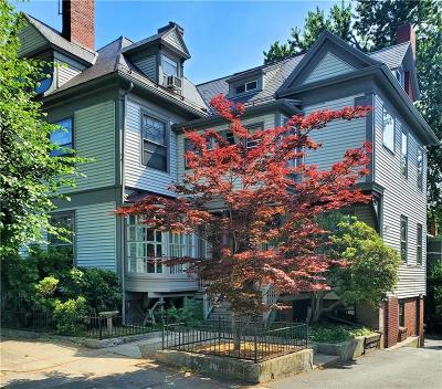 Providence Condo/Townhouse For Sale: 165 Waterman St, Unit#3 #3