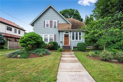 Woonsocket Single Family Home For Sale: 177 Gaskill St