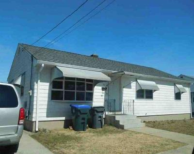 Providence RI Single Family Home For Sale: $147,000
