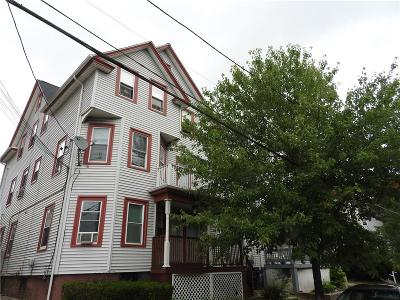 Providence RI Multi Family Home For Sale: $289,000