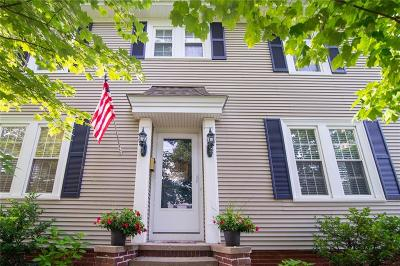 East Providence Single Family Home For Sale: 118 Turner Av
