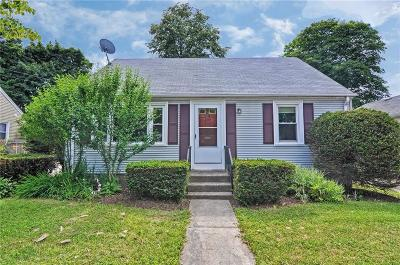 Providence RI Single Family Home For Sale: $215,000