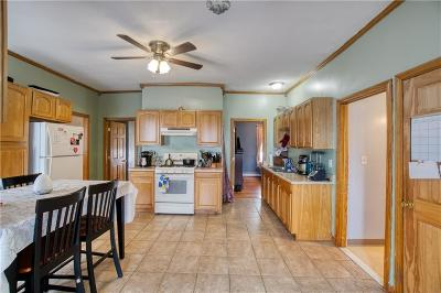 Providence County Single Family Home For Sale: 231 Railroad St