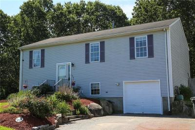 Coventry Single Family Home For Sale: 46 Remington Farm Dr