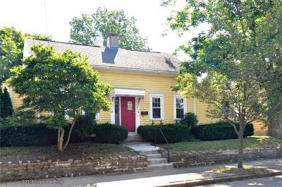 Providence County Single Family Home For Sale: 50 Brewster St