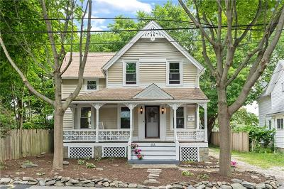 Kent County Single Family Home For Sale: 183 Riverside Av