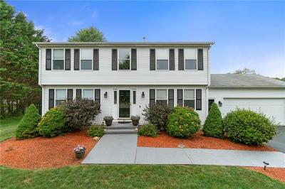 North Kingstown Single Family Home For Sale: 89 Abby Lane