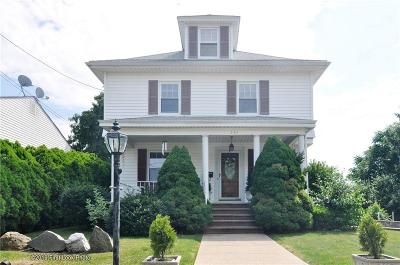 Providence County Single Family Home For Sale: 235 Orchard St