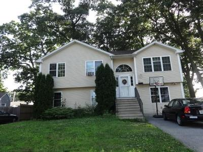 Providence County Single Family Home For Sale: 15 Flynn Av