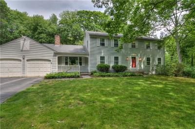 East Greenwich Single Family Home For Sale: 62 Limerock Dr