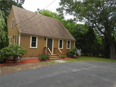 Barrington Single Family Home For Sale: 399 Sowams Rd