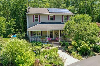 Scituate Single Family Home For Sale: 12 Hillcrest Circle