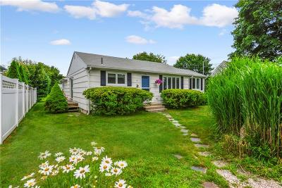 South Kingstown Single Family Home For Sale: 87 Rosebriar Avenue